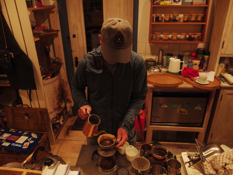 ご案内いただいたCoffee House Shaker 黒澤さんに美味しいコーヒーをいただいた。 Coffee House Shaker さんとっても雰囲気がる良いお店でした。
