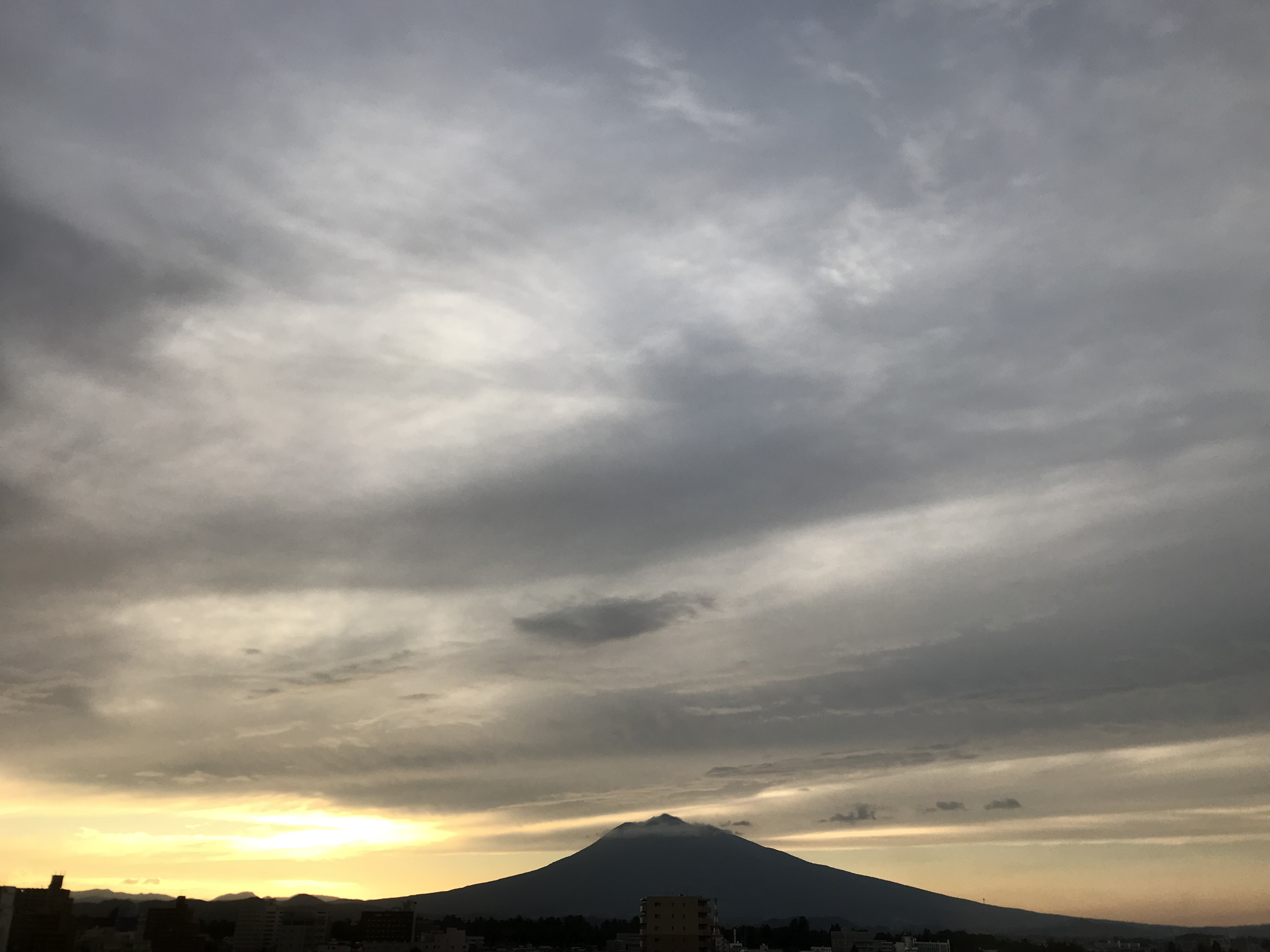 05:24pm,04,sep.2021 / AOMORI / photographic equipment:iPhone7